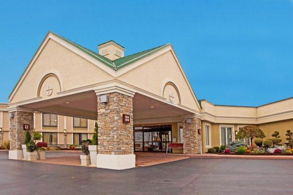 buffalo hotel parking